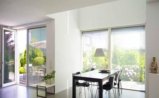 Une chaleur adaptée et une luminosité naturelle optimale avec les baies vitrées de VitrumGlass